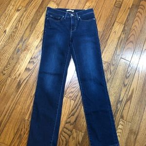 Levi's Shaping Straight 314 Jeans Size 27